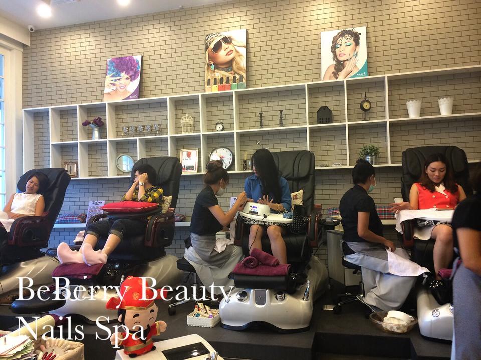 BeBerry Beauty Nails SPa เปิดรับสมัครช่างทำเล็บ รายได้ตกเดือนละ 25,000 บาท